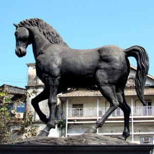modern large horse sculpture