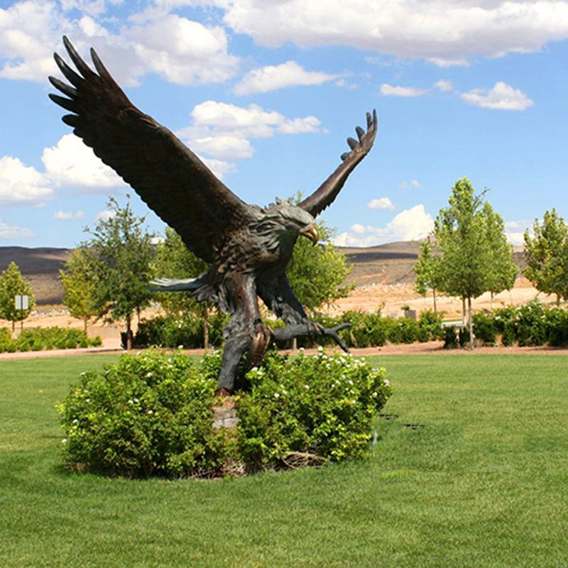 large metal eagle sculpture