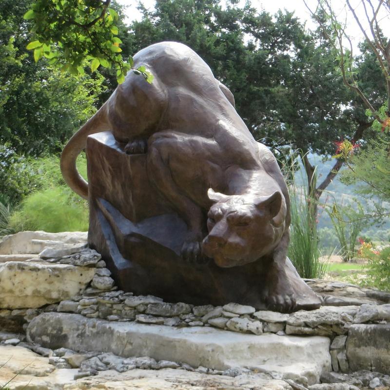 garden leopard sculpture
