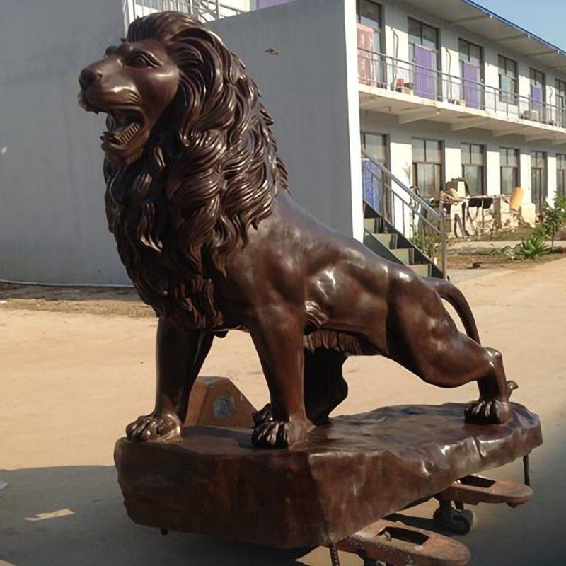 metal lion sculpture life size statue