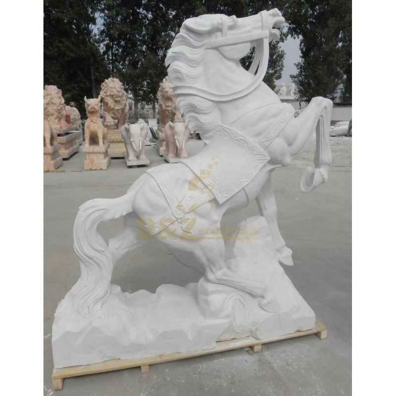 Medium horse sculpture