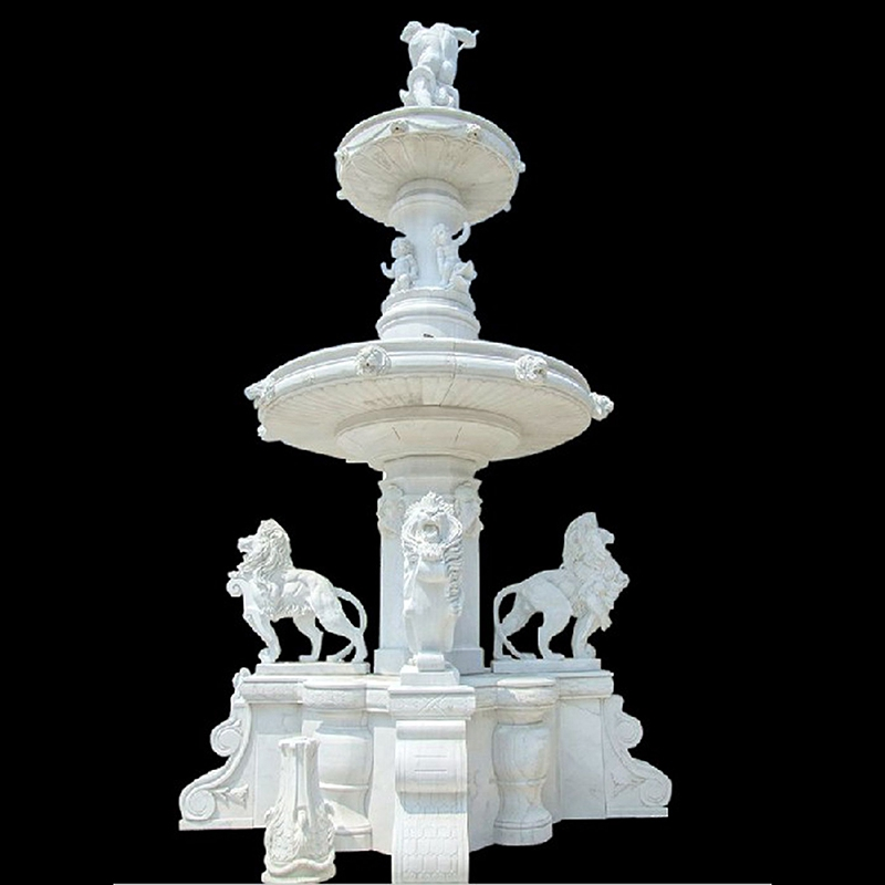 Lion water fountain statue