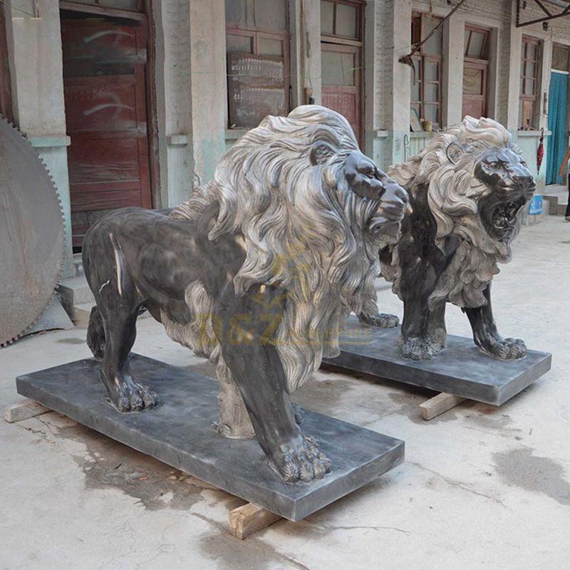 Lion statues sculpture