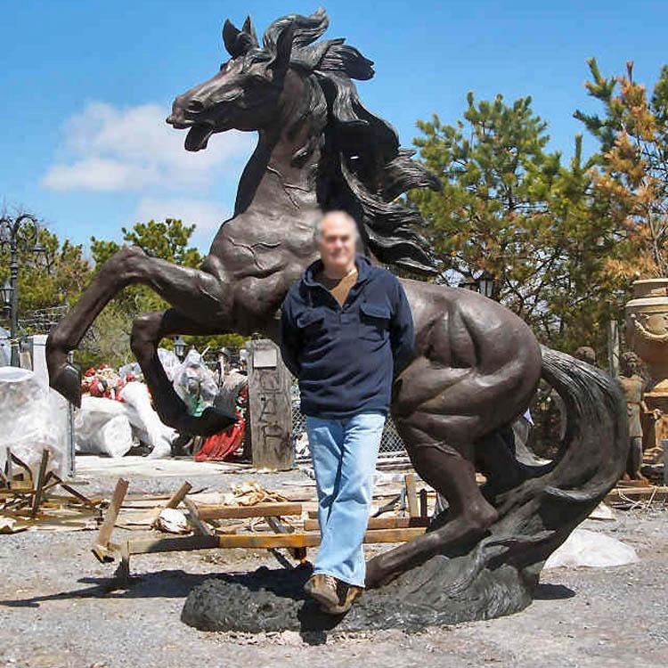 Big horse bronze sculpture