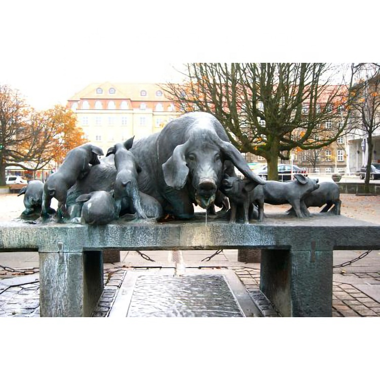 pig garden fountain sculpture
