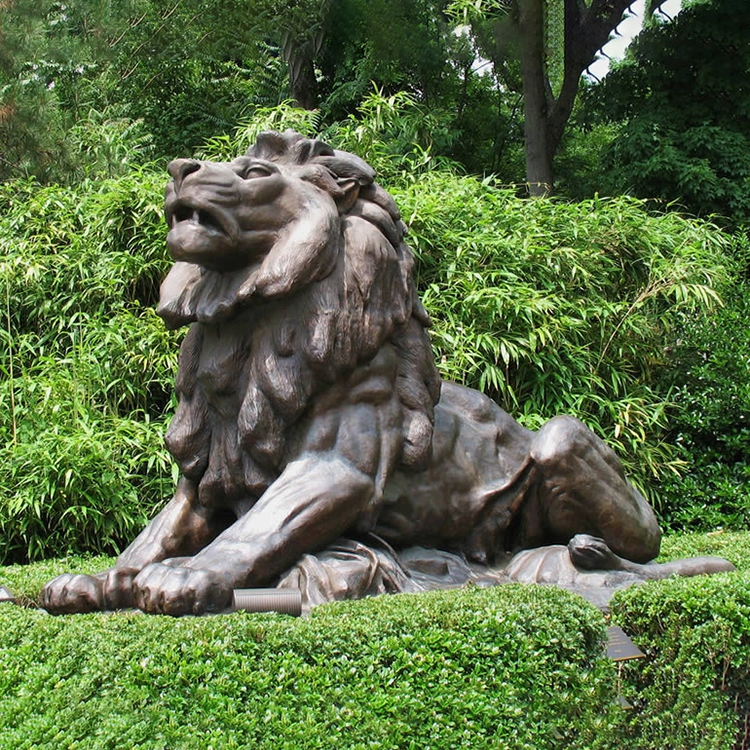 bronze statue lion