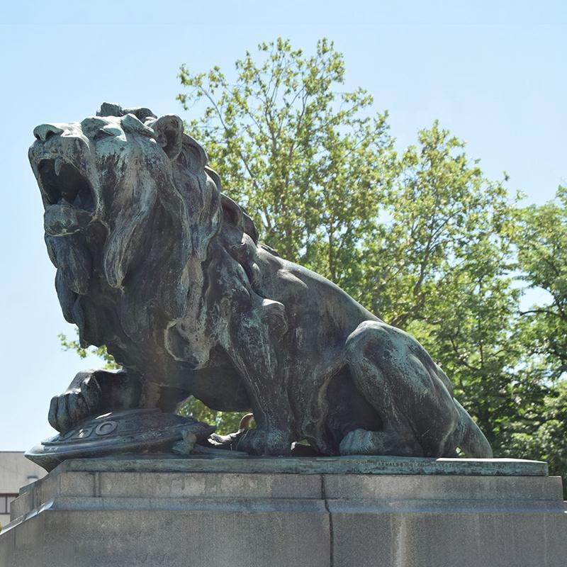 antiquity lion statue
