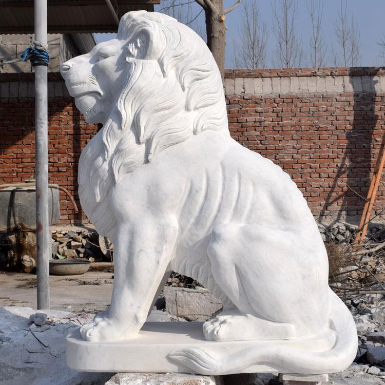 statue lion en resine