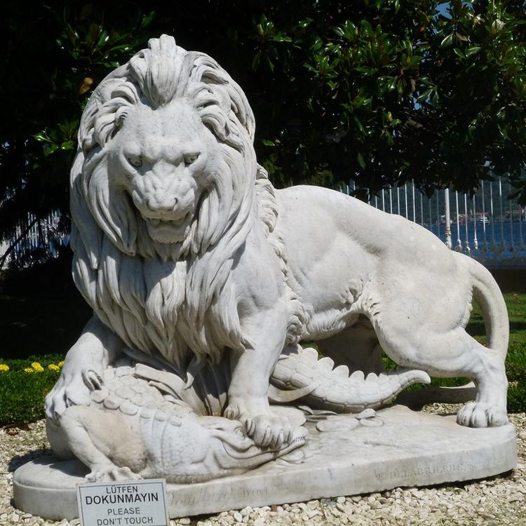 stone statue lion