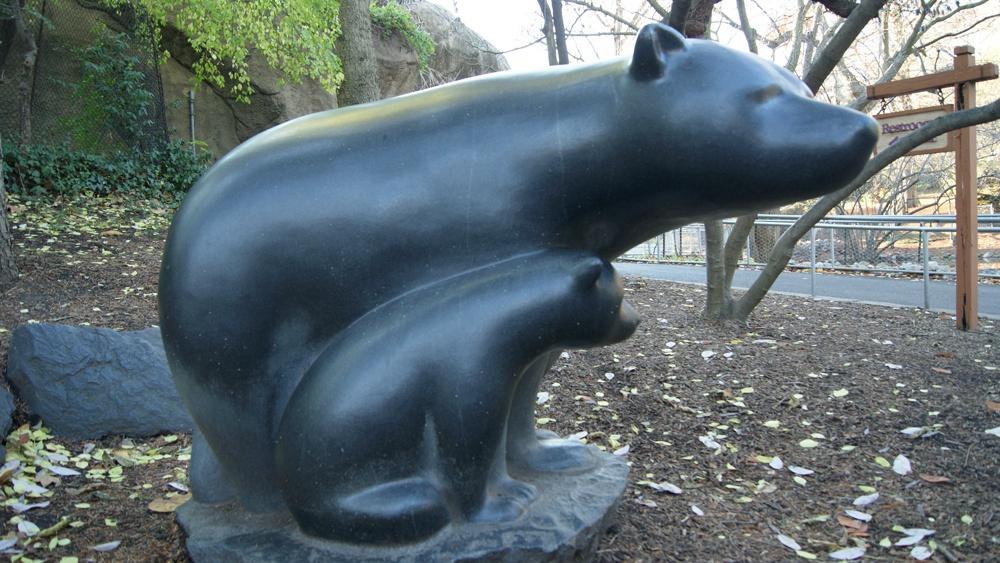 statues life size bear