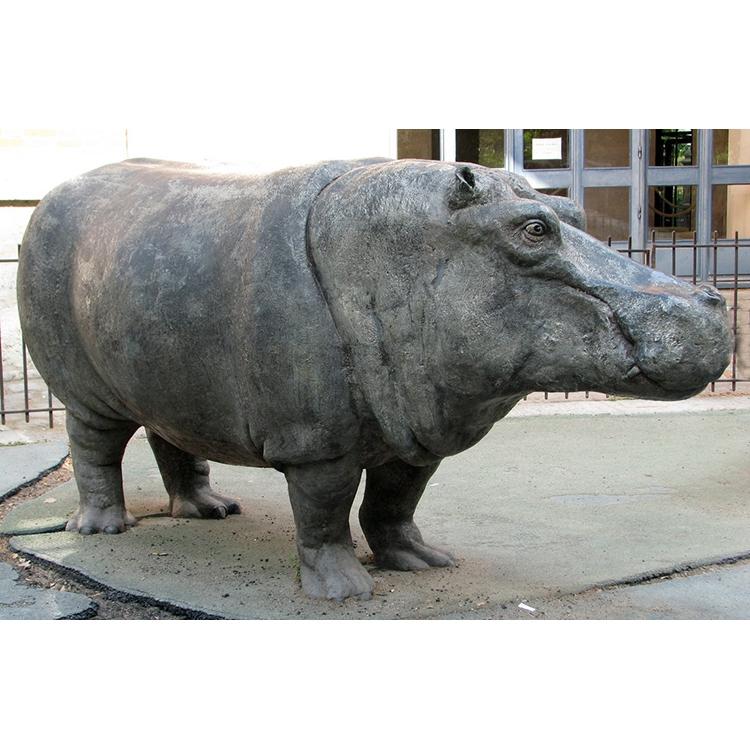 hippo statue