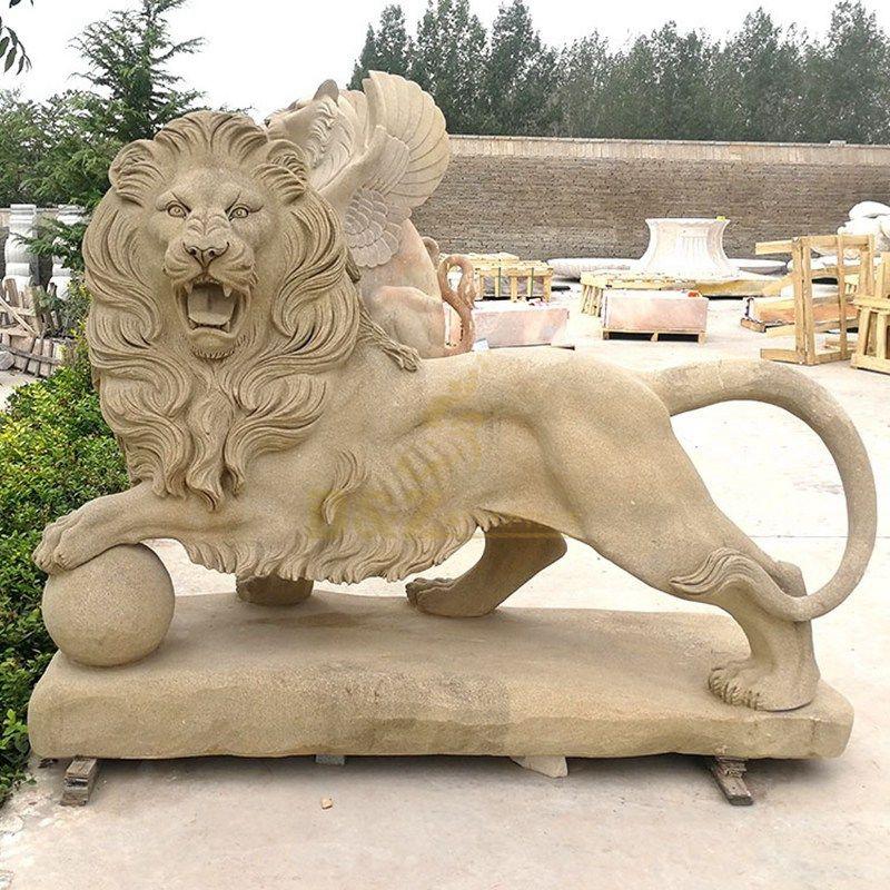 sculpture lion stone