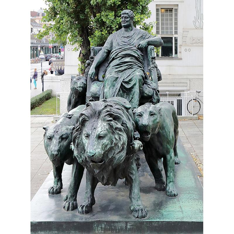 lion sculptures