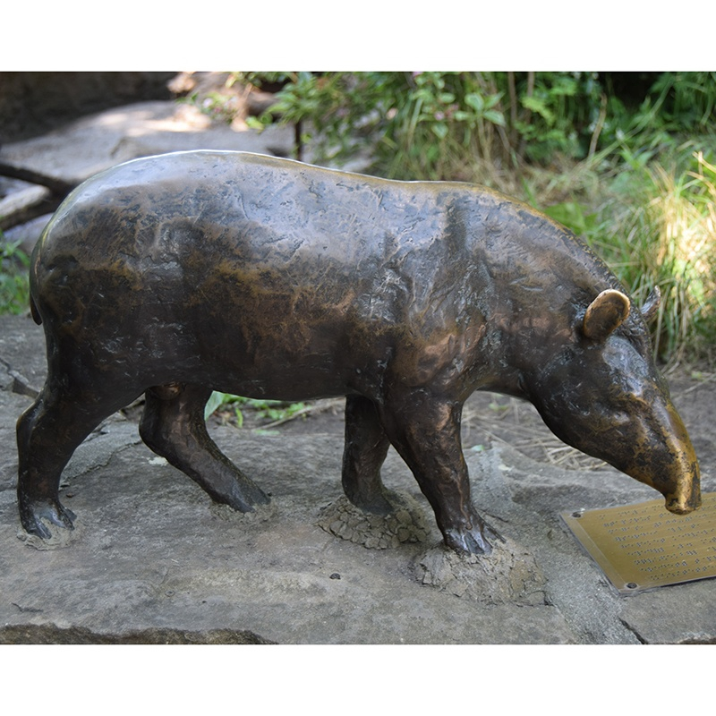 pig bronze sculpture