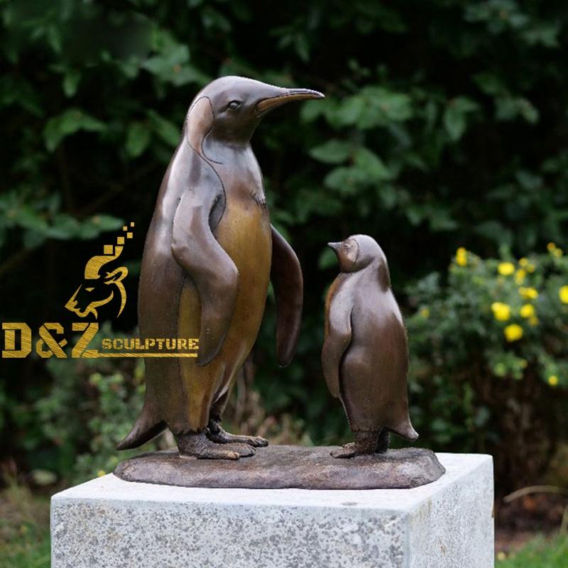 penguins bronze statue