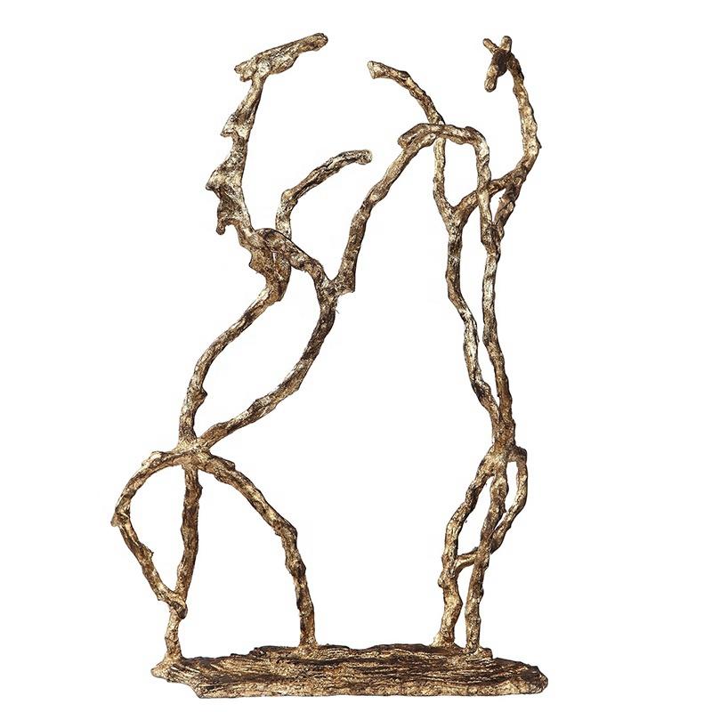 emulational mantis sculpture ornament