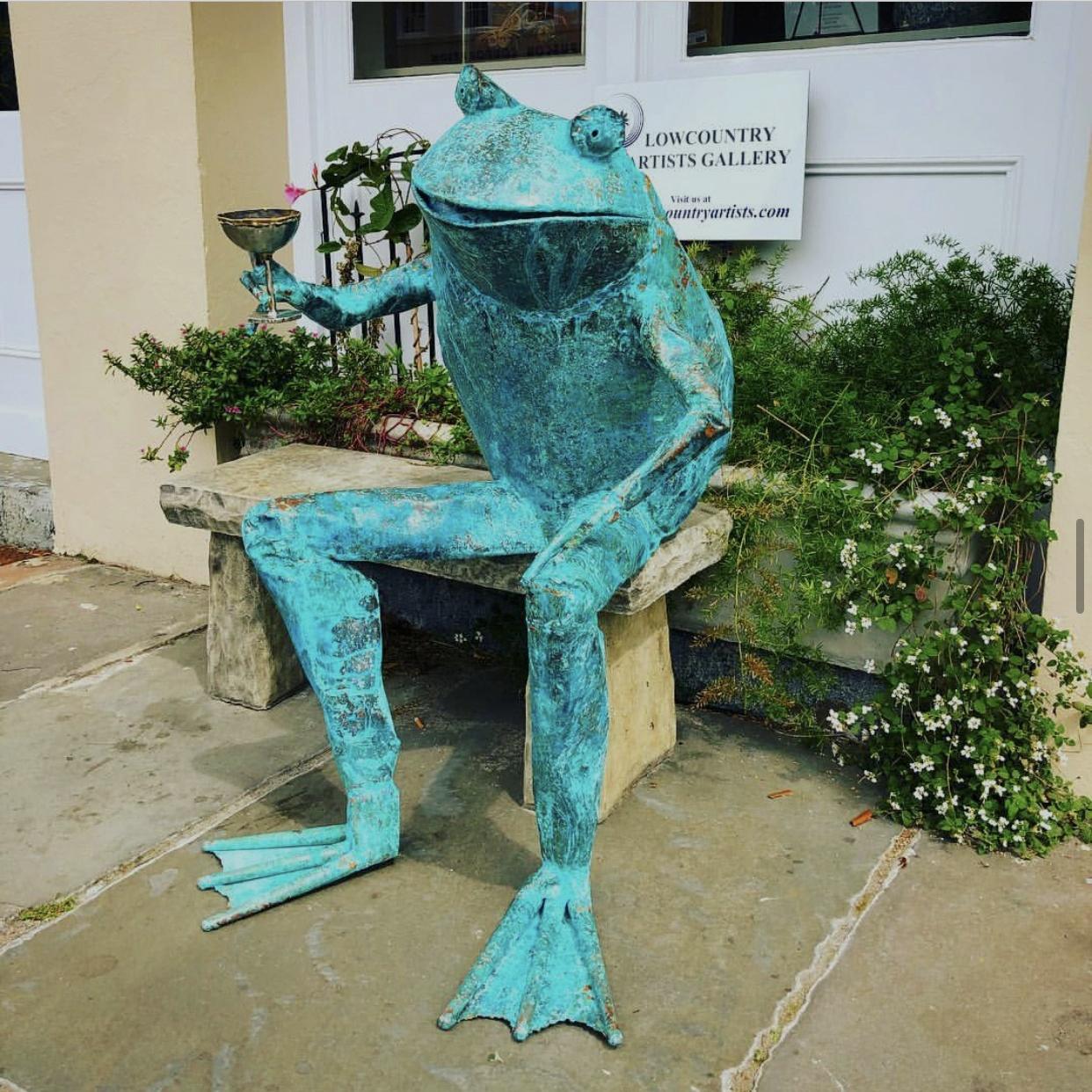 copper frog sculpture