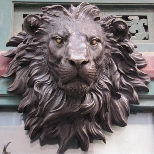 the bronze lion sculpture