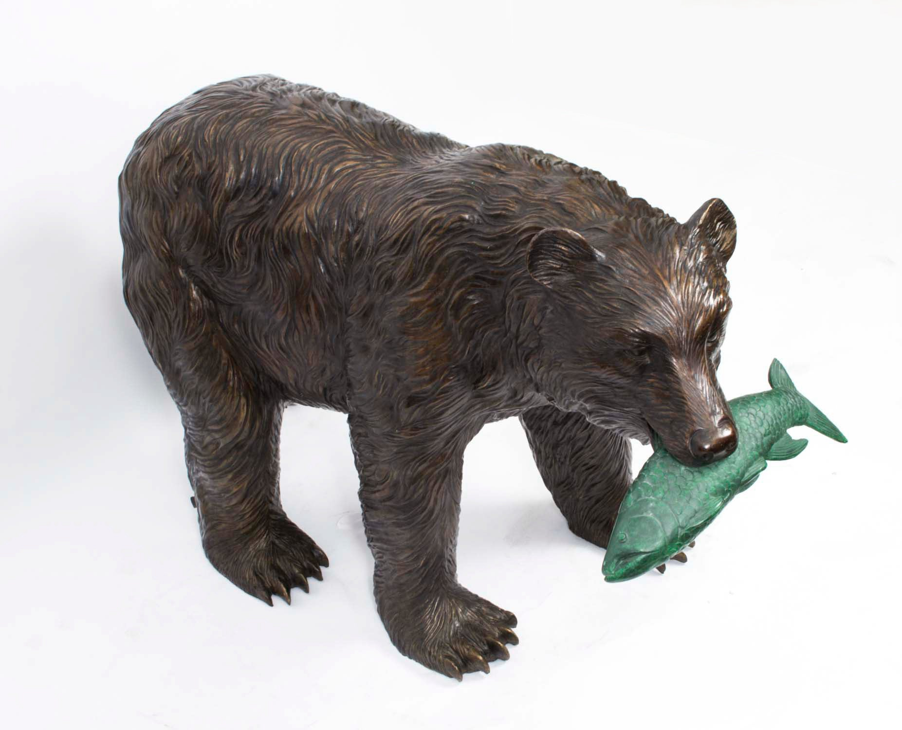 sculpture bear