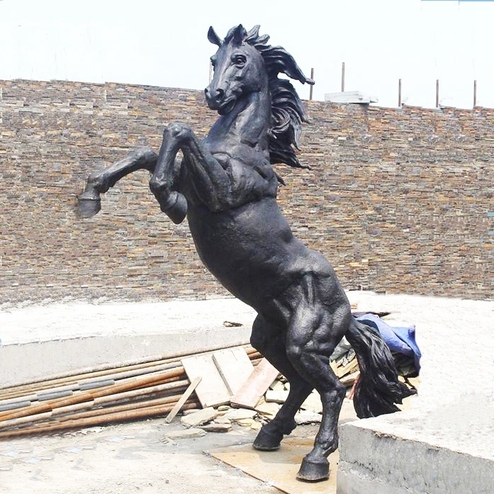 war horse sculpture