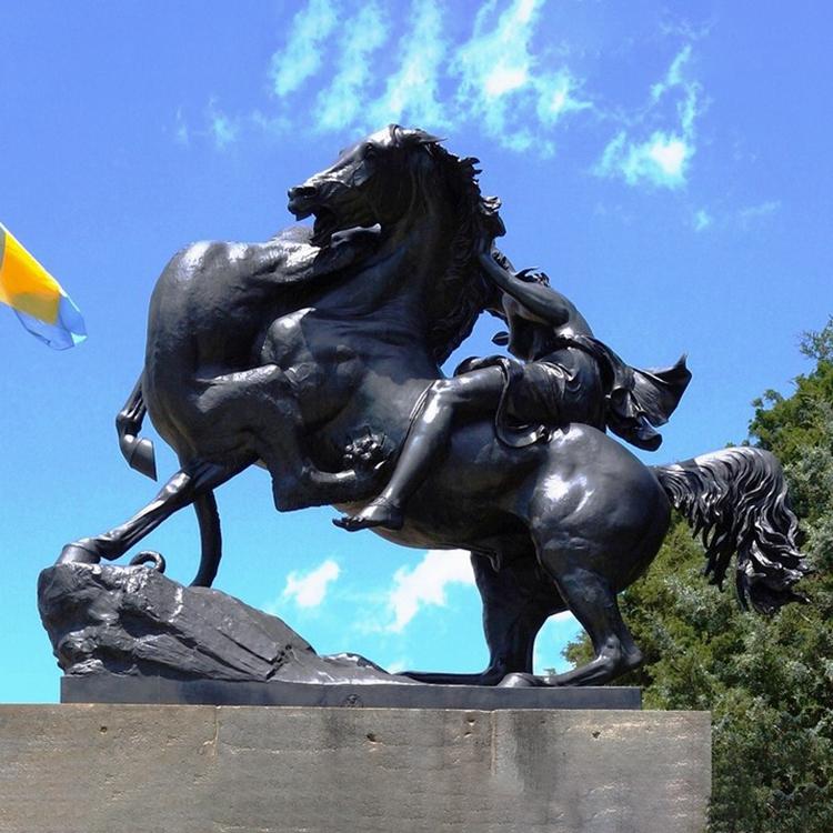 warrior horse and lion sculpture