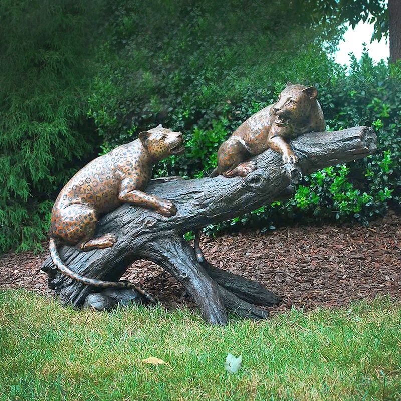 decorative metal leopards sculpture