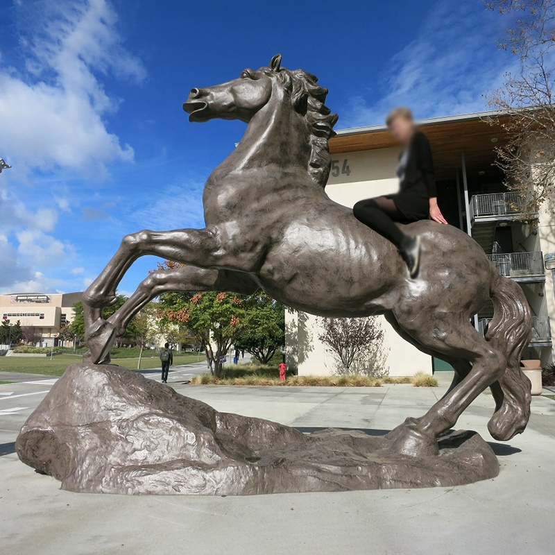 custom galloping horse sculpture