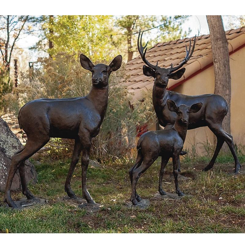 life size deers sculpture