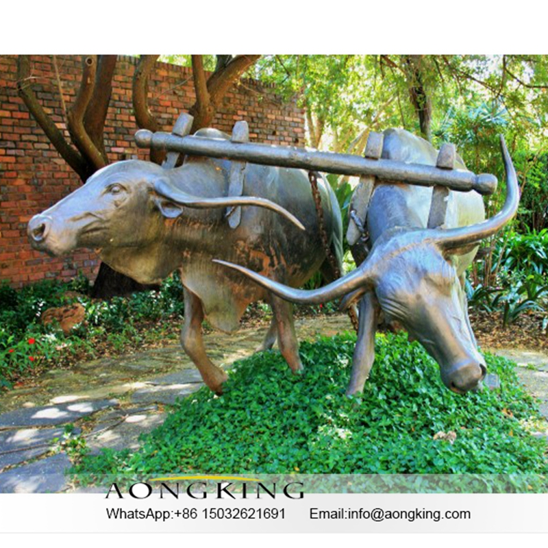 Bronze bull statue sculpture