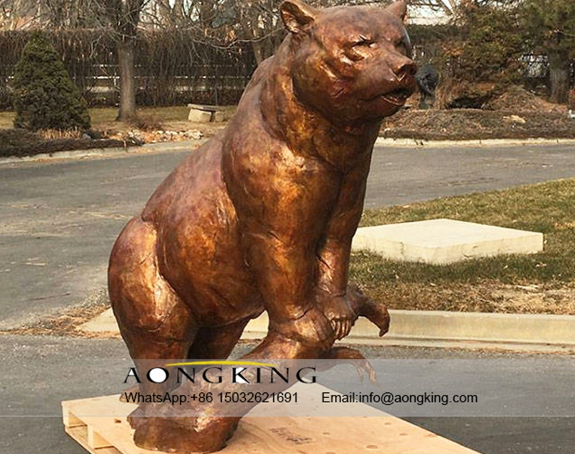 small bear fountain sculpture