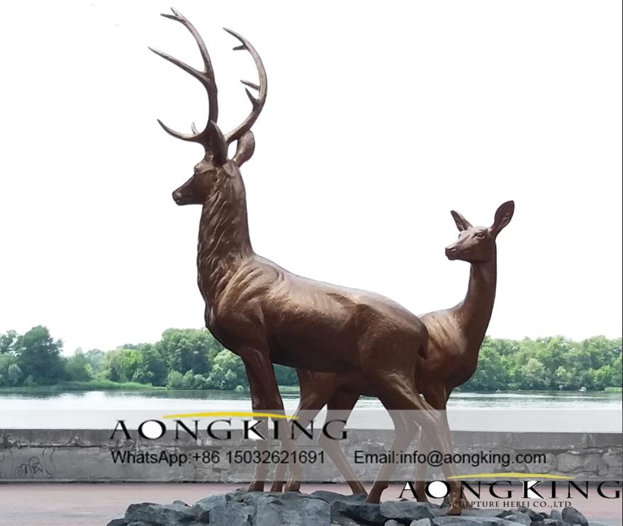 Deers garden sculpture