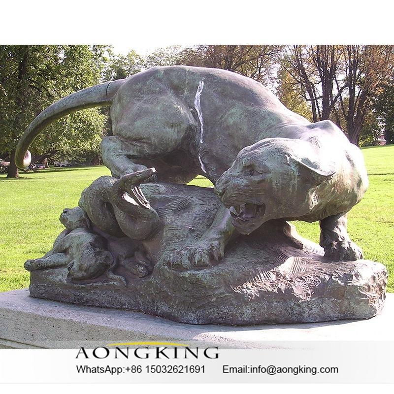animal tiger sculpture