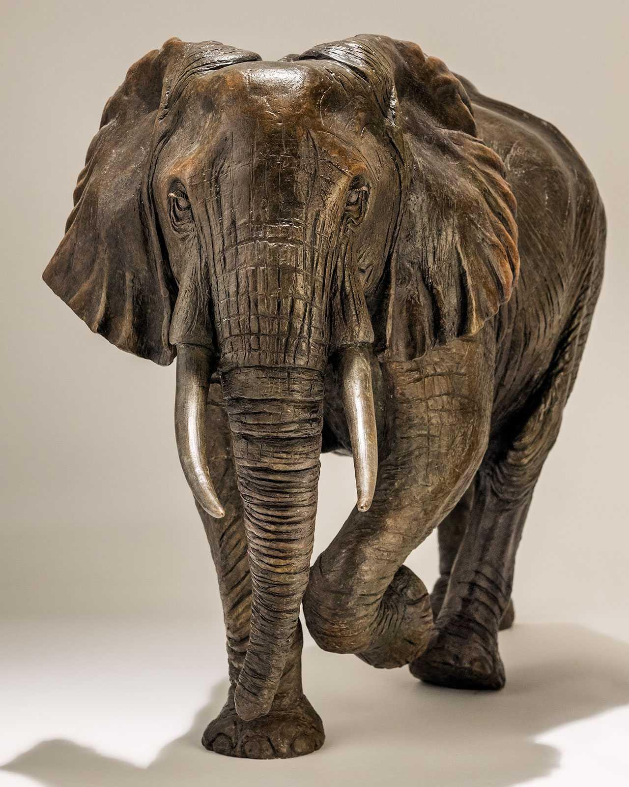 elephant statue good luck