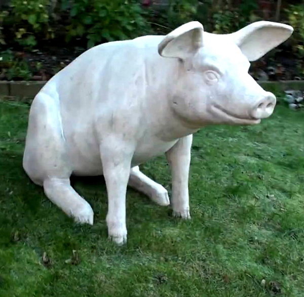 Outdoor pig stone sculpture
