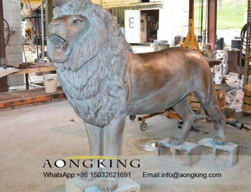 Male lion statue