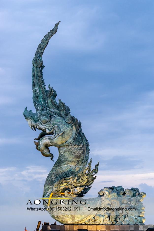 statue king naga