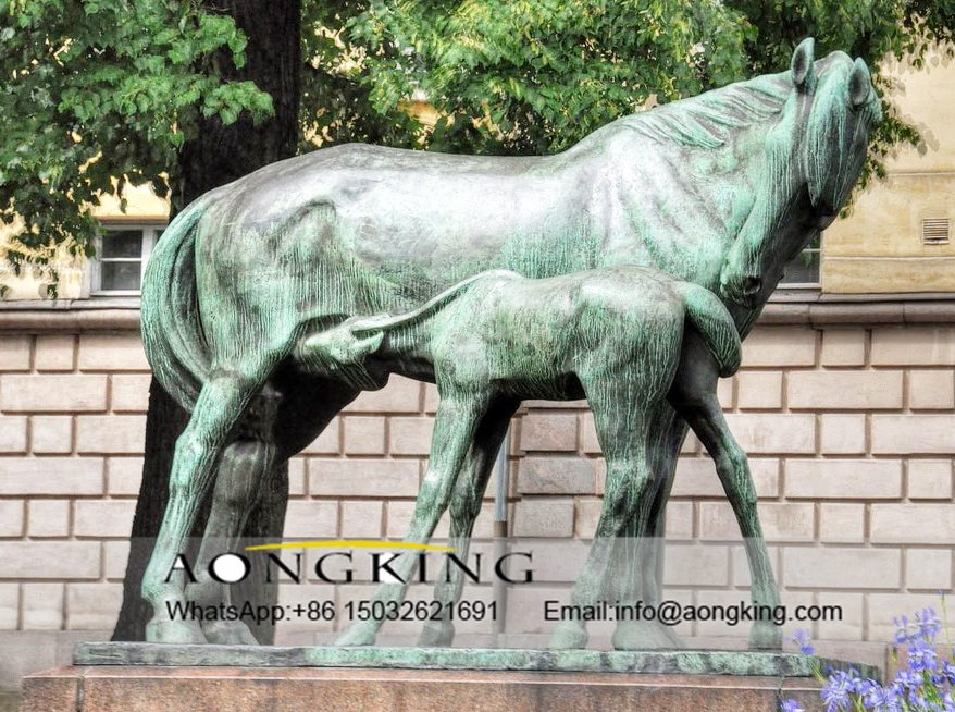 statue of nursing mother horse