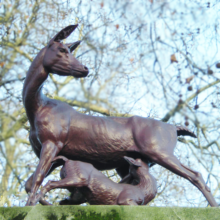 Lovely Sweet Garden Outdoor Bronze Deer and Fawn Statue
