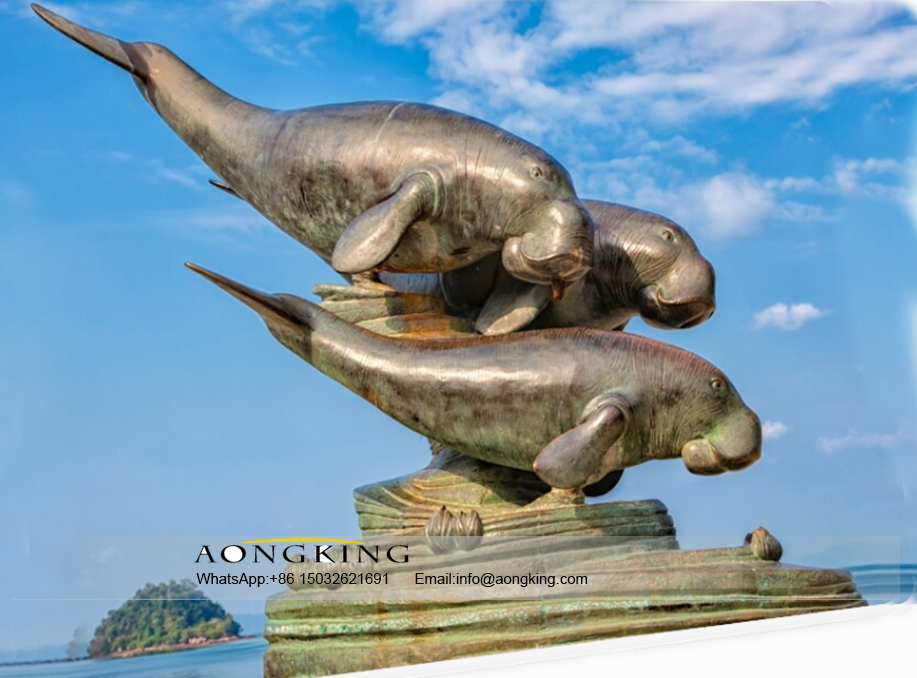 Seaside Animal Decoration Large animal Bronze sea cow sculpture