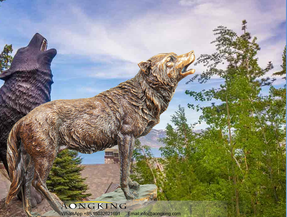 Large Outdoor Bronze Standing Statue of Gray Howling Wolf