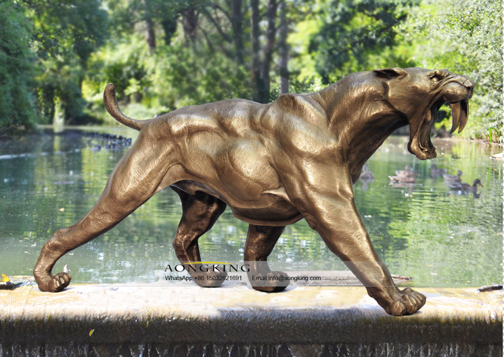 High Quality Saber tooth Bronze tiger statue