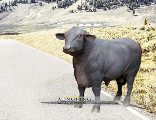 Life Size Bronze Cute Domestic Animals Design Bull Statue
