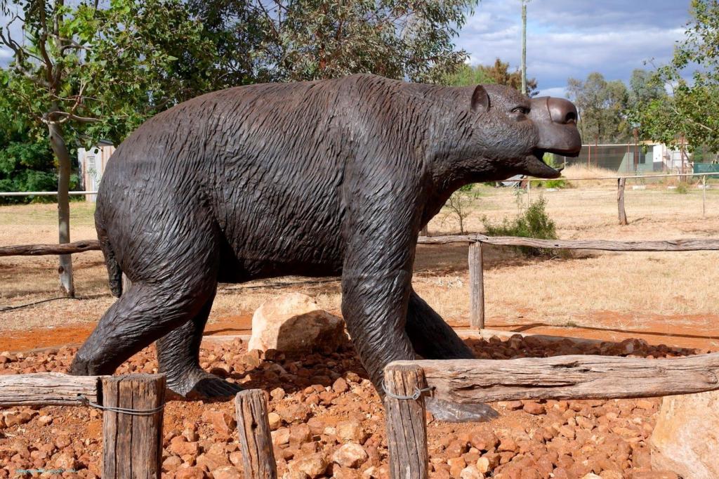 Outdoor Bronze Garden Black Huge Size Megafauna Statue