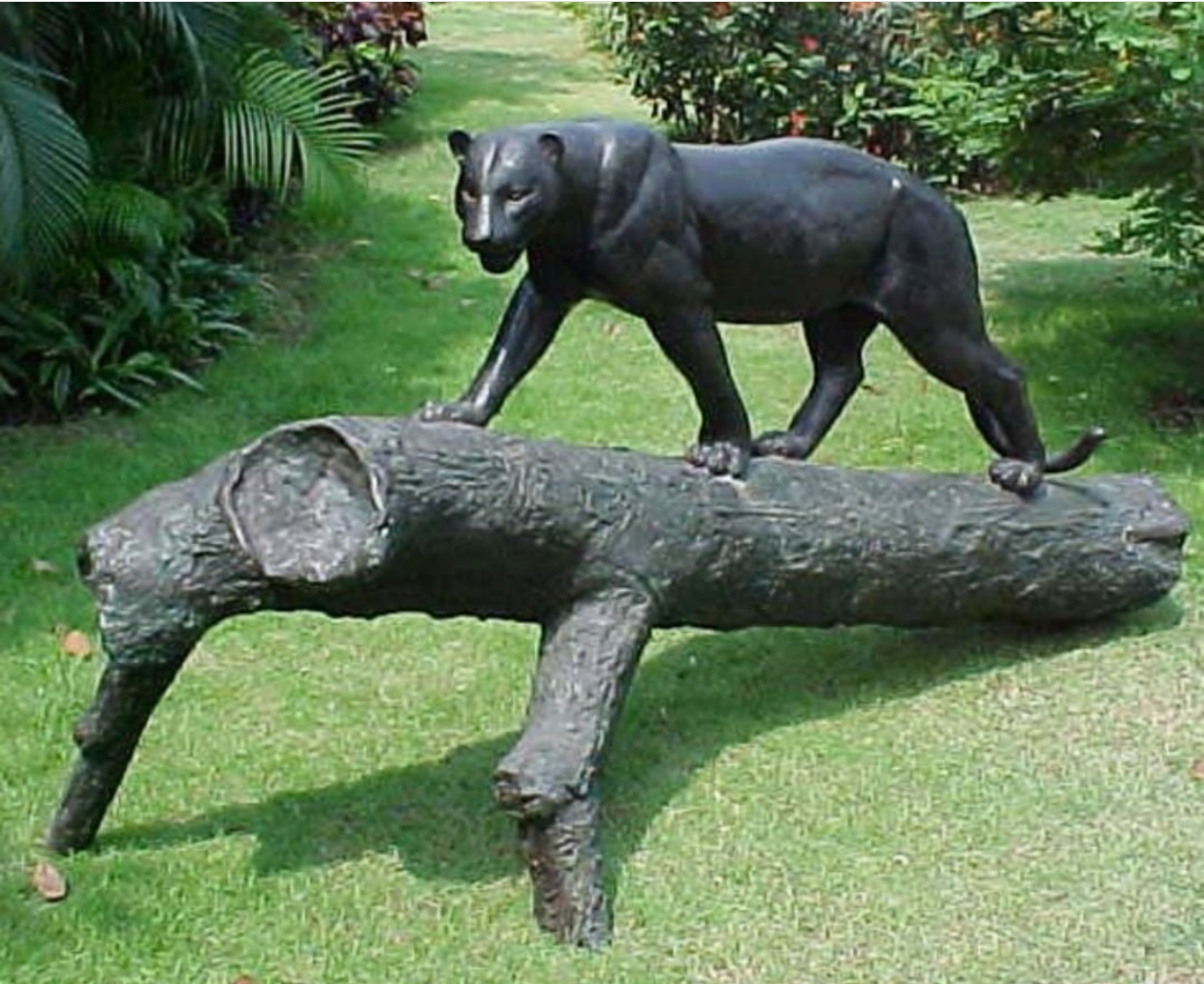 Customized top sale contemporary bronze depot black cheetah sculpture
