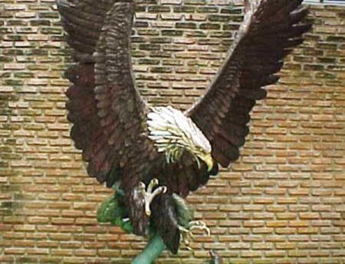 Outdoor metal casting animal of Eagle in copper sculpture