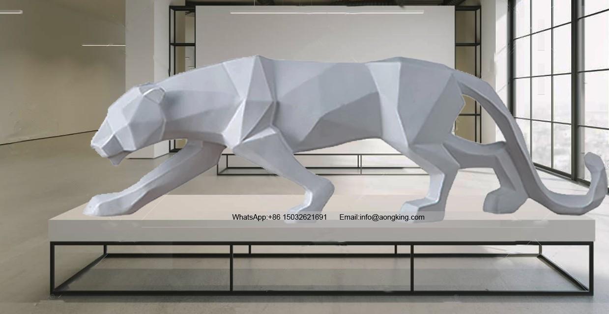 Geometric animal art of leopard statue