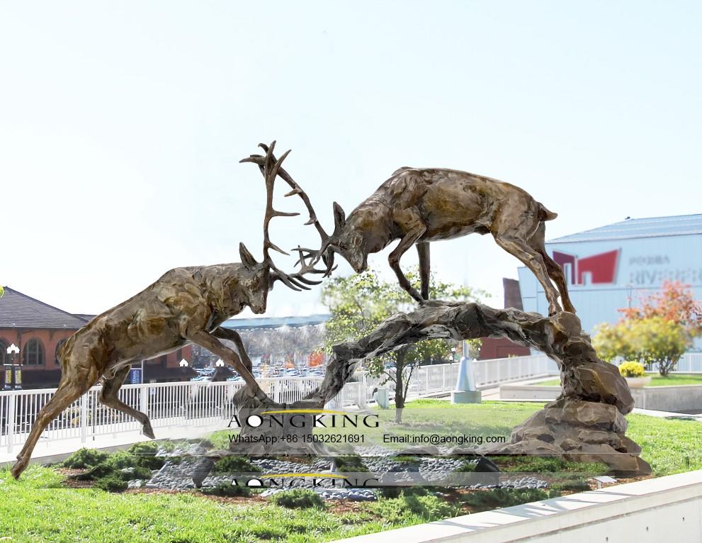 Sculpture of deer are fighting