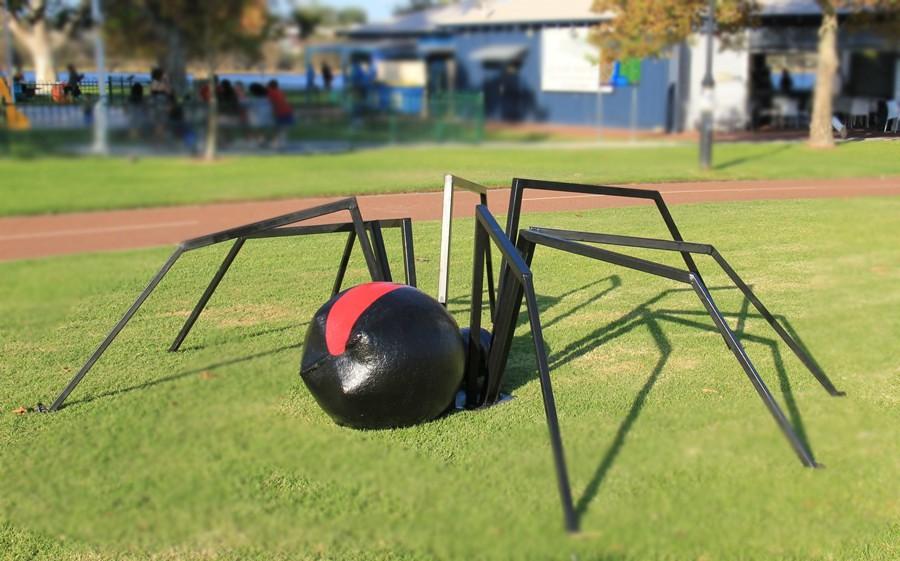 Steel animal redback spider