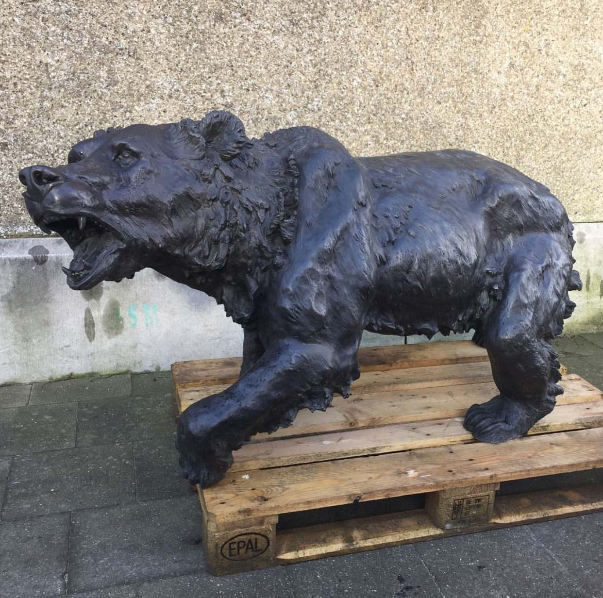 Modern Resin Art Black Bear Garden Statues