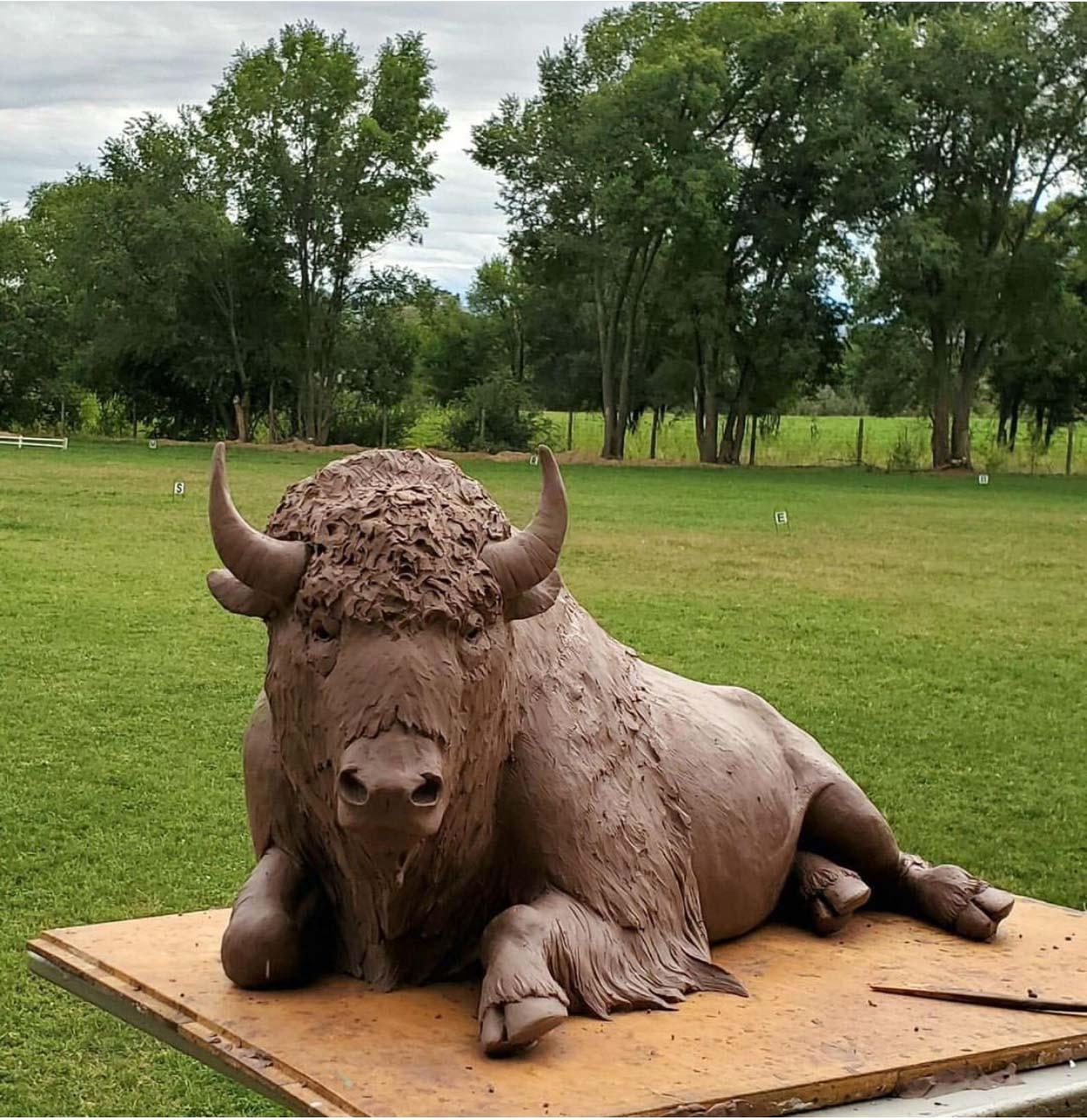 Sale Good Quality Life Size Lying buffalo Bronze sculpture
